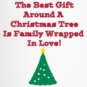 family_best_gift_around_the_tree3 Bottles & Mugs - Travel Mug