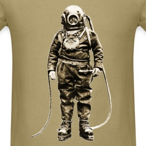 Vintage Diver with Diving Helmet and Equipment - Men's T-Shirt