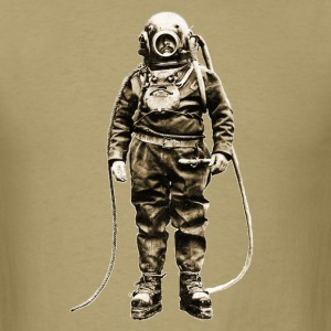 British Diver at Winchester Cathedral - Men's T-Shirt