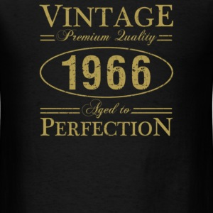 1966 Vintage Birth Year - Men's T-Shirt