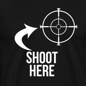 SHOOT HERE HEART SNIPER TARGET RIFLE SCOPE - Men's Premium T-Shirt