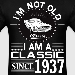 Classic since 1937 T-Shirts - Men's T-Shirt