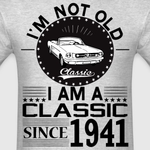 Classic since 1941 T-Shirts - Men's T-Shirt