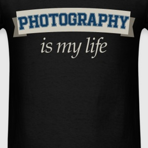 Photography is my life - Men's T-Shirt