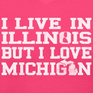 live_illinois_love_michigan Women's T-Shirts - Women's V-Neck T-Shirt
