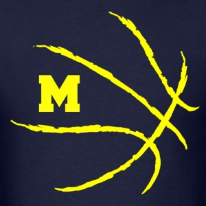 Michigan Wolverines U of M basketball shirt - Men's T-Shirt