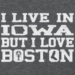 Live Iowa Love Boston Done Beth Women's T-Shirts - Women's T-Shirt
