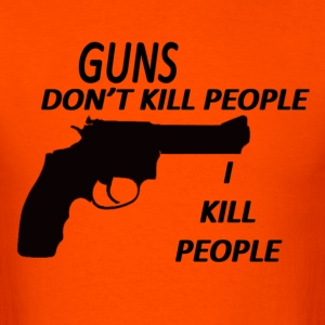 GUNS DONT KILL PEOPLE I KILL PEOPLE (RETRO) - Men's T-Shirt
