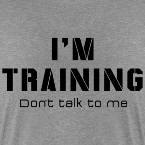 I'M TRAINING - Don't talk to me - Women's Premium T-Shirt