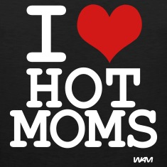 Black i love hot moms by wam T-Shirts