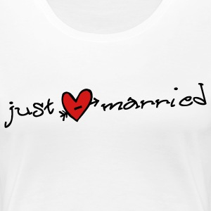 Just Married Plus Size - Women's Premium T-Shirt