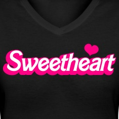 Black sweetheart with love heart in barbie font Women's T-Shirts