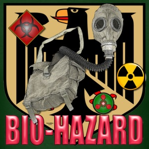 bio-hazard german gas mask - Men's T-Shirt
