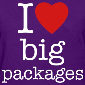 Big packages Christmas t-shirts - Women's T-Shirt