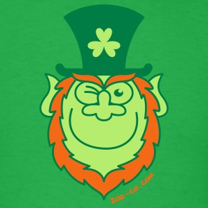 St Paddy's Day Leprechaun Winking and Smiling  T-Shirts - Men's T-Shirt