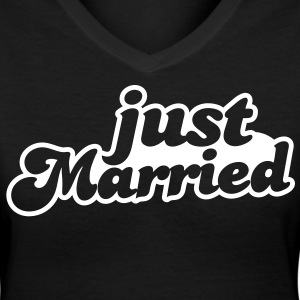 Just Married Women's T-Shirts - Women's V-Neck T-Shirt
