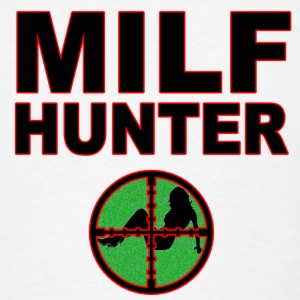 milf hunter - Men's T-Shirt