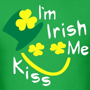 Kiss Me I'm Irish shamrock st.patrick's day Men's Standard Weight T-Shirt - Men's T-Shirt