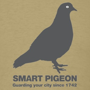 Smart pigeon - Men's T-Shirt