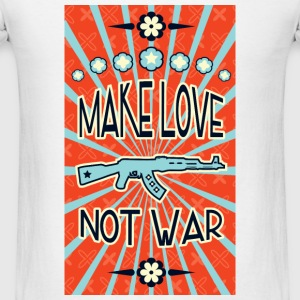 make love not war propaganda Hoodies - Men's T-Shirt