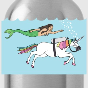 mermaid swimming with unicorn T-Shirts - Water Bottle