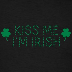 kiss me i'm irish dotted Sweatshirts - Men's T-Shirt