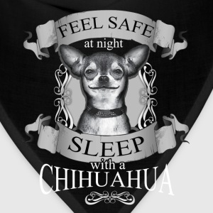 Chihuahua T-shirt - Feel save at night - Bandana