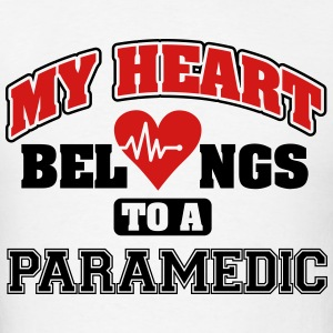 My heart belongs to a paramedic Hoodies - Men's T-Shirt