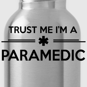 Trust me I'm a paramedic T-Shirts - Water Bottle