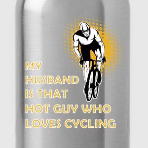Cycling T-shirt - My husband is cycling - Water Bottle