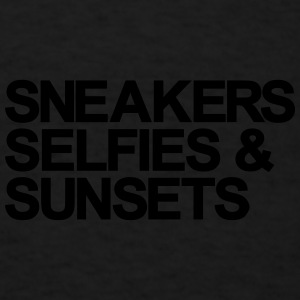 Sneakers Selfies Sunset Caps - Men's T-Shirt
