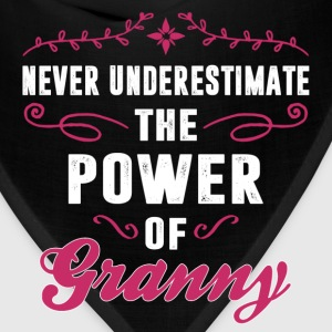 Never Underestimate The Power Of The Granny Women's T-Shirts - Bandana