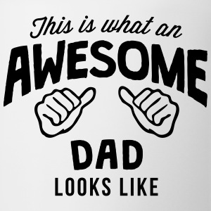 this is what an awesome dad looks like T-SHIRT - Coffee/Tea Mug