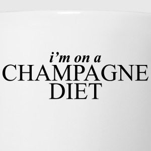 I'm on a champagne diet Women's T-Shirts - Coffee/Tea Mug