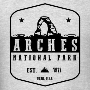 Arches National park Hoodies - Men's T-Shirt