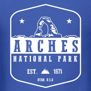 Arches National park Long Sleeve Shirts - Men's T-Shirt