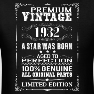 PREMIUM VINTAGE 1932 Hoodies - Men's T-Shirt