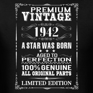 PREMIUM VINTAGE 1942 Hoodies - Men's T-Shirt