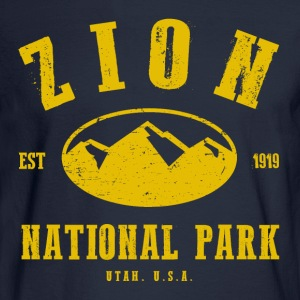 Zion National Park Hoodies - Men's Long Sleeve T-Shirt
