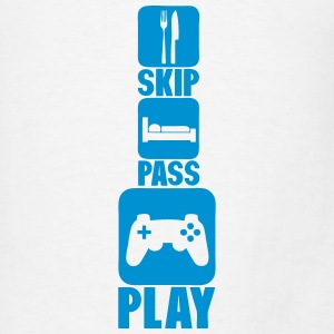 geek skip pass play games joystick 2 Tanks - Men's T-Shirt