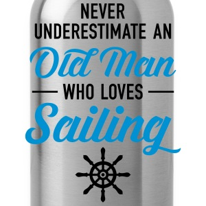 Never Underestimate An Old Man Who Loves Sailing T-Shirts - Water Bottle