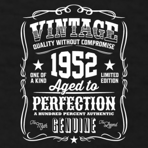 Vintage 1952 - 64th Birthday Gift Idea - Color Mug - Men's T-Shirt