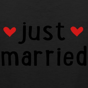 JUST MARRIED Women's T-Shirts - Men's Premium Tank