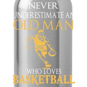 Basketball – An old man who loves basketball - Water Bottle