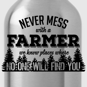never mess with a farmer T-Shirts - Water Bottle