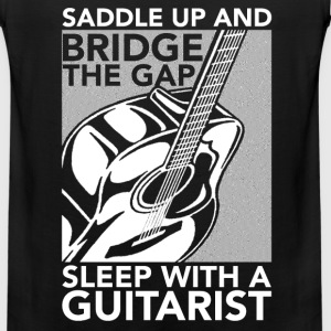 Guitarist - Bridge the gap sleep with a guitarist - Men's Premium Tank