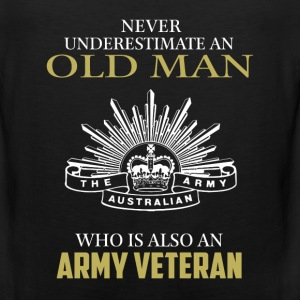 Old man who is Army veteran - Never underestimate - Men's Premium Tank