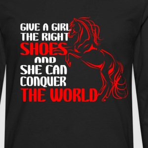 horse riding - Give a girl the right shoes - Men's Premium Long Sleeve T-Shirt