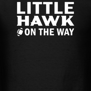 Little Hawk On The Way - Men's T-Shirt