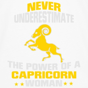 NEVER UNDERESTIMATE THE POWER OF A CAPRICORN WOMAN T-Shirts - Men's Premium Long Sleeve T-Shirt